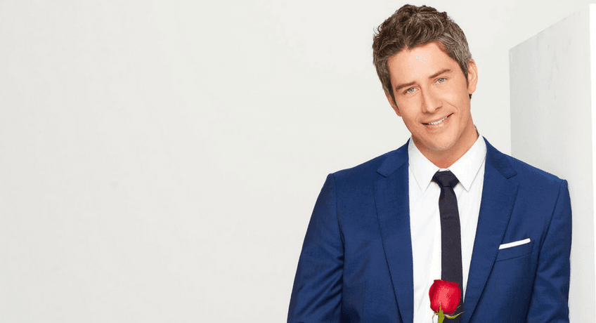 the-bachelor-arie-final-rose.png